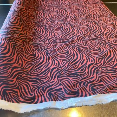 tissu lin fin lavé imprimé zèbre rouge