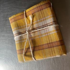 coupon de tissu imprimé jaune carreaux